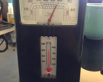 1940's Taylor Humidoguide Bakelite Thermometer and Humidity