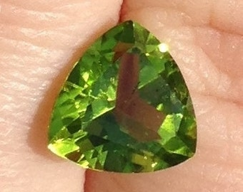 Spring Green Peridot 2.85 Carat Triangle 9x9mm Natural Gemstone