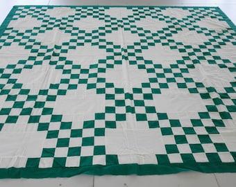 Machine pieced Green and white Irish Chain quilt Top Queen size