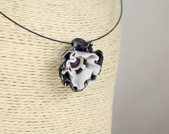 Black and White Pendant, Polymer Clay Pendant, Funky Jewelry, Flower Necklace, Unique Jewelry, Trendy Jewelry, Fun Jewelry, Gift Ideas
