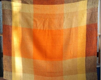 70s Vintage Rough Linen Tablecloth
