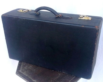 Vintage Belber Suitcase from the 1940s