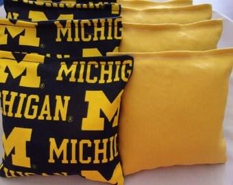 8 ACA Regulation Cornhole Bags - NCAA University of Michigan Wolverines and Solid Yellow