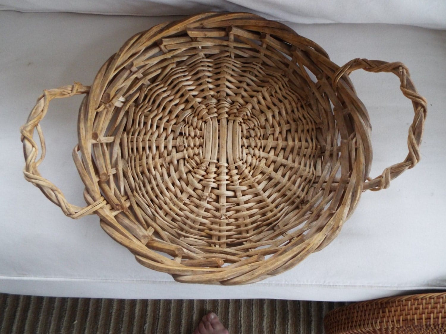 How To Weave A Basket Out Of Twigs : Large round french hand woven wicker twig serving tray basket