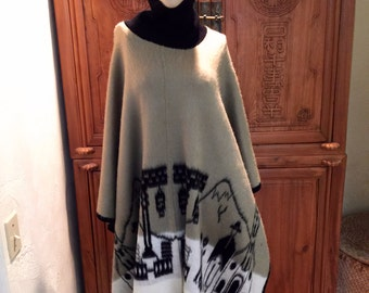 Bohemian Hippie Sweater Poncho Cape Ethnic Southwestern Ecuadorian Design Folk