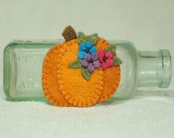 Felt Pumpkin Magnet, Wool Felt Halloween Pumpkin Magnet, Thanksgiving Pumpkin Magnet *Ready to Ship