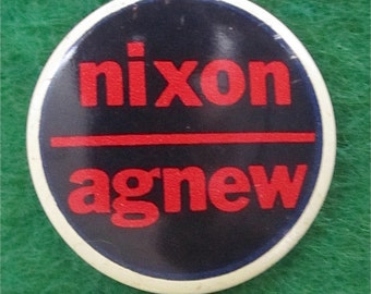 Vintage 1968 Nixon Agnew Presidential Campaign Pin Back Button - Free Shipping