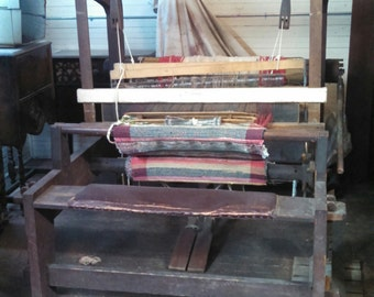 Very Large Antique Floor Rug Loom, circa 1890's, style of a Union model #36