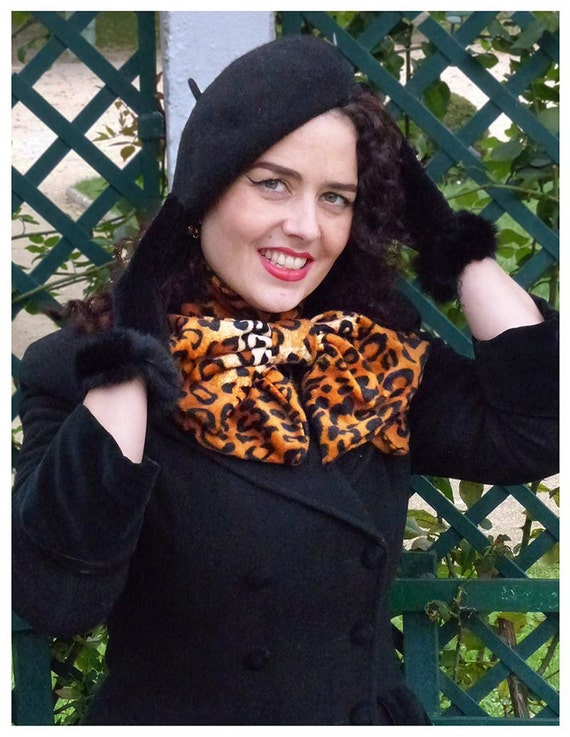 Leopard bow scarf