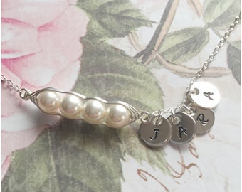 Sterling Silver 4 Peas in a Pod Personalized Hand Stamped Initial Bracelet - Your Choice of Pearl Color and Initials - Swarovski Pearls