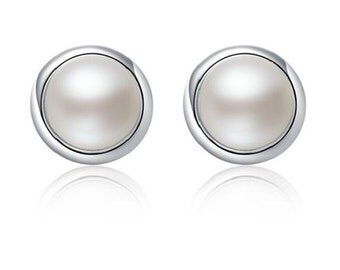 925 Sterling Silver Pearl Stud Earrings