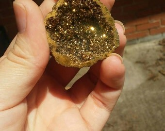 Gold druzy geode pendant necklace.