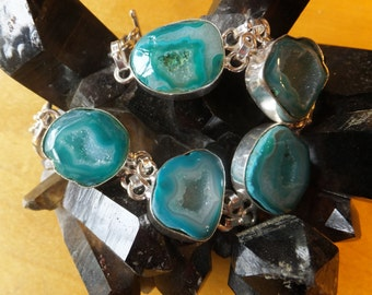 """925 Sterling Silver and Druzy Agate Bracelet 8"""" in Length"""