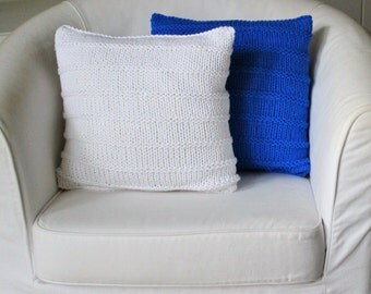 CHUNKY KNIT CUSHION white