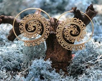 Spiral filigree brass earrings