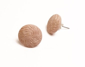 VINTAGE BUTTON EARRINGS | Have a strawberry cookie!