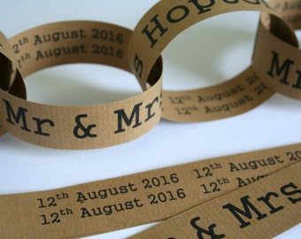 Paper Chain Garland Decoration - Mr & Mrs/Wedding/Rustic/Homespun/Farm - 2.5m (8ft)