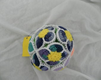 flower puzzle ball