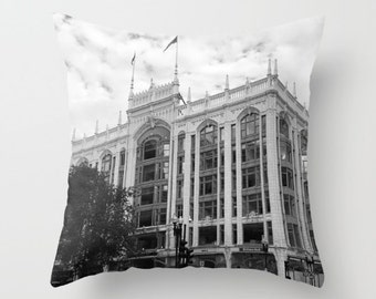 Boston Building, Pillow Cover,6 sizes,home decoration, black and white, modern pillow, Boston, Accent Pillow, Skyline, Architectural Decor