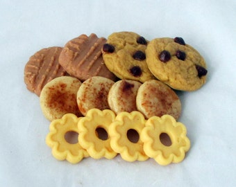 Cookie melters, wax cookies, cookie assortment, cookie tarts, dessert melters, novelty candle, soy candles, soy tarts, dessert tarts