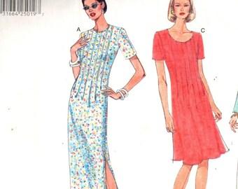 Vogue 1921, Sz 8-12. EASY Vogue Basic Design dress pattern. Scoop/Jewel neck Loose fit straight/flared dress, pintucks, long/short sleeve,UC
