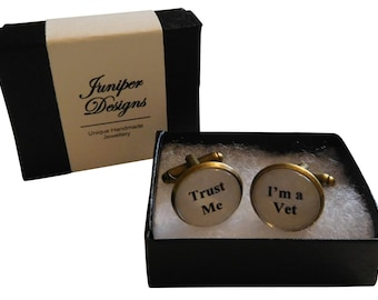 """Handcrafted """"Trust Me I'm a Vet"""" Cuff links - Great gift for Vet, Gift for a Vet, Vet Gifts, Vet Gift Vet - Free UK Shipping"""