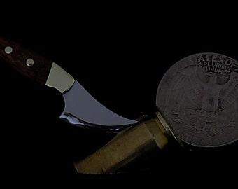 Miniature skinning knife
