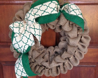 Natural burlap bubble wreath - Green burlap - Moroccan style - Spring decor - Home decor - Housewarming gift - Gift for her - Bow - Rustic