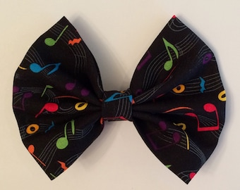 Sheet Music Hair Bow, Rainbow Colors on Black, Music Notes Bow