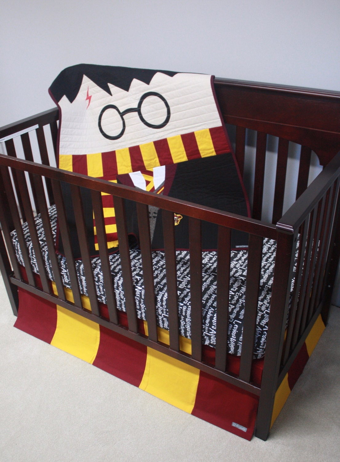 Harry potter baby bedding harry potter variant 2 custom crib bedding mto - Harry potter crib set ...