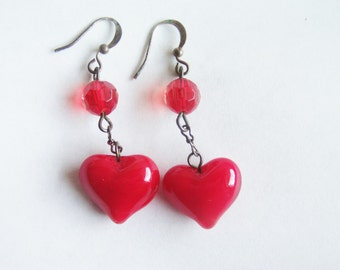 Vintage Heart Earrings / Pierced Earrings / Glass Earrings / Red Earrings / Red Heart Earrings / Pierced Heart Earrings /Red Glass Earrings