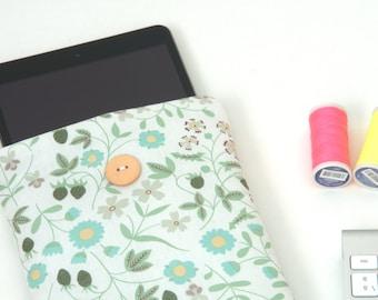 iPad mini case, Custom 8 inch Tablet sleeve / Liberty fabric
