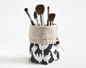 Travel Makeup Brush Holder, Makeup bag Makeup Brush Organizer Cosmetic Organizer in Twigs