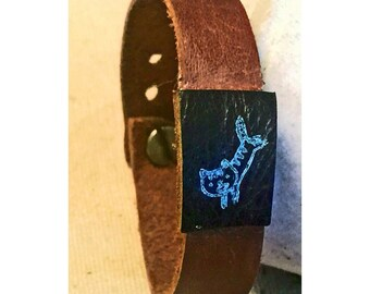 Leather wrist cuff with cat print 1
