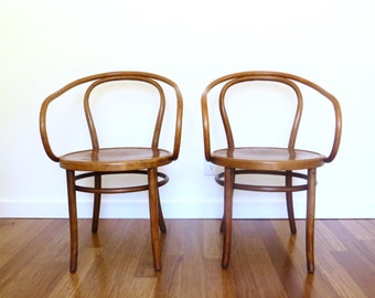 SOLD Pair Thonet Bentwood B9 Style Arm Chairs, Made in Poland, 209 Bentwood Cafe Dining Chairs, Vintage Side Chairs