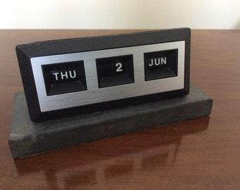 Stylish slate-based perpetual desktop calendar