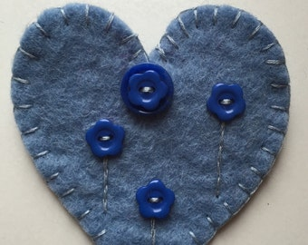 Blue felt heart brooch with buttons