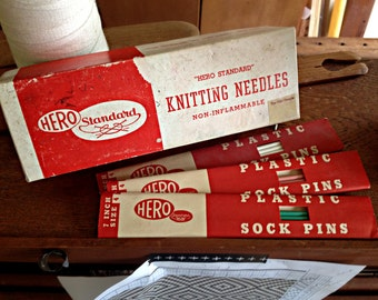 Vintage Knitting Needles (DPNs, Size 4)