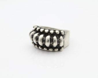 Heavy Antiqued Finish Sterling Silver Rocker Ring Sz 8. [6553]
