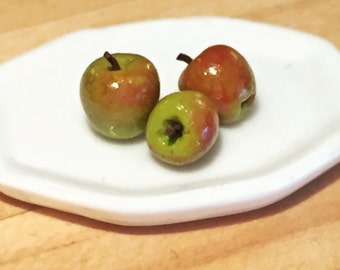 Dollhouse Minuature Food - Miniature Polymer Clay Apples