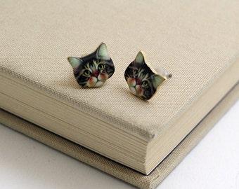 Free shipping,Cat Stud Earrings,very cute ,Cat earrings Cute ,cat post earrings Gift idea,for you,Cats