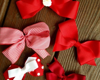 Girl's hair bow-made to order-barrettes