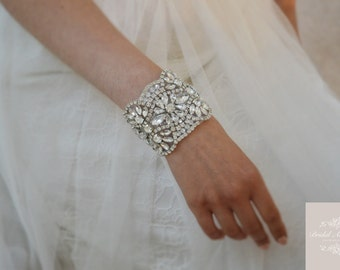 BELLE Luxury Timeless Crystal Bridal Cuff/Bracelet