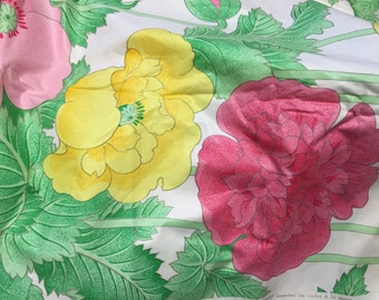 Stunning designer cotton chintz fabric lovely bright floral design 2+ yards