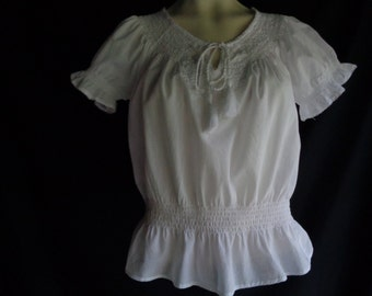Vintage peasant blouse white cotton embroidery