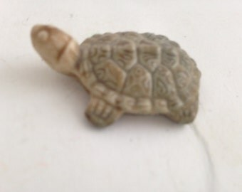 Wade Whimsies Turtle Figurine featured in Red Rose Tea Promotion