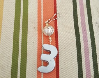 Keychain, lanyard bling, zipper pull, lucky number 6, backpack buddy, vintage