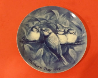 Vintage Berlin Plate Mothers Day, Robins, 1972