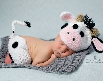 Crochet Cow Newborn Baby Photo Prop/Infant Halloween Costume/Baby Shower Gift/Photography Prop