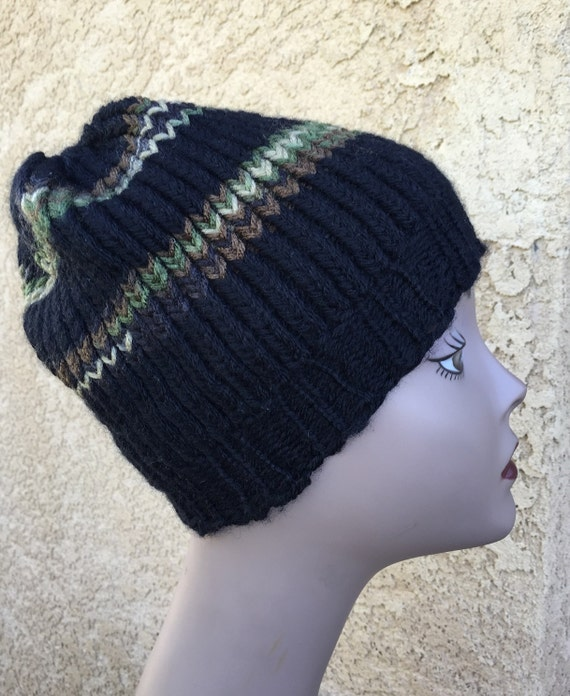 Camo Striped Hat -- a loom knit pattern